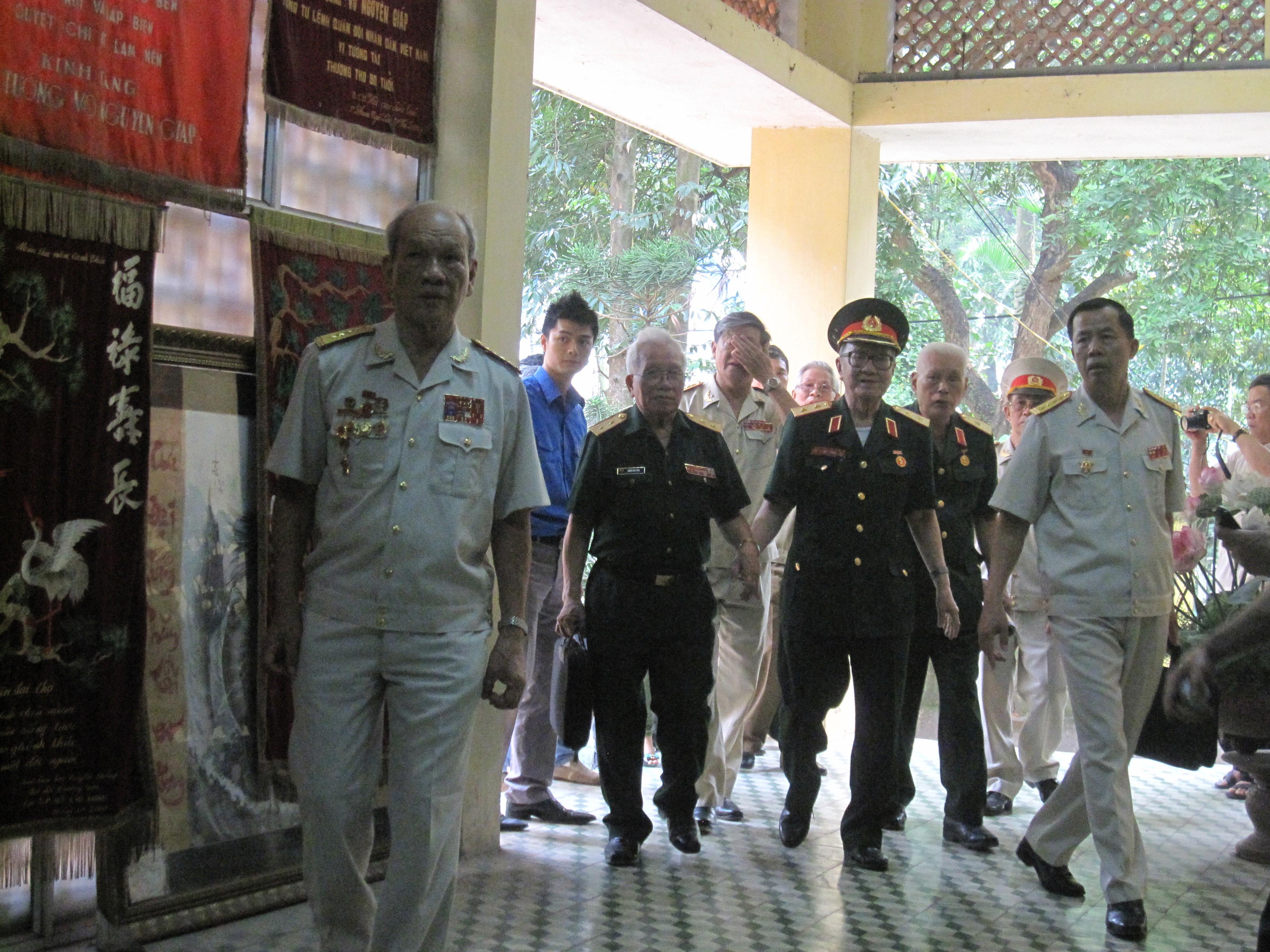 Từ 2h30 chiều nay toàn thể nhân dân có thể vào viếng Đại tướng Võ Nguyên Giáp 1