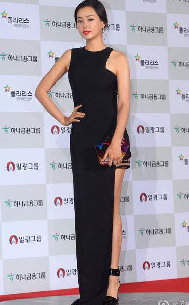Cựu hoa hậu Hàn Quốc Honey Lee