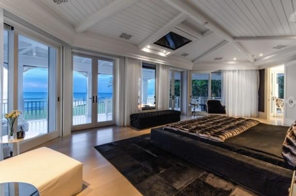 Phòng ngủ cũng hướng ra biển