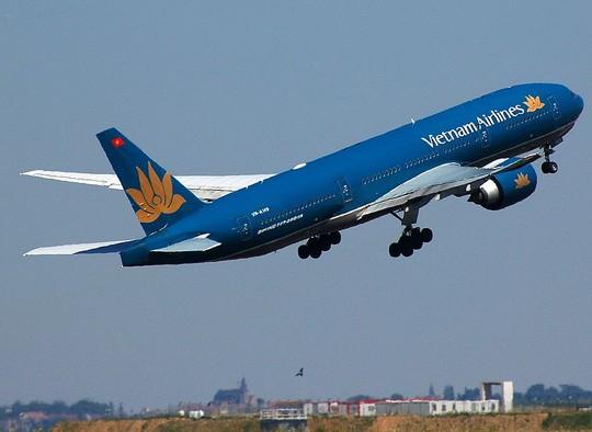 Sự cố nghiêm trọng ảnh hưởng đến hàng chục chuyến bay đang được điều tra.