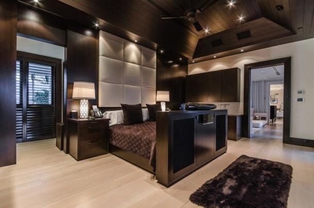Phòng ngủ với tông màu sang trọng, ấm cúng