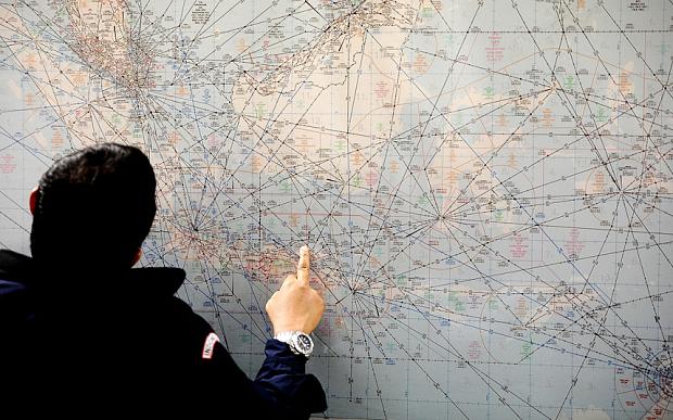 Những câu hỏi trong vụ mất tích của máy bay AirAsia