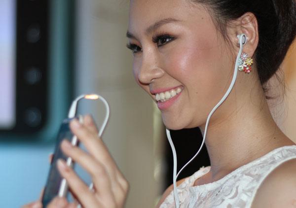 Ryhme là smartphone giá rẻ được HTC ưu ái riêng cho chị em phụ nữ