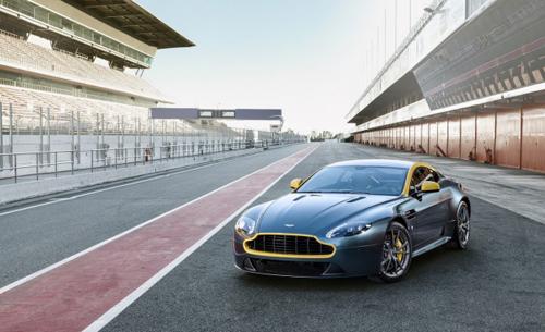 2014-Aston-Martin-Vantage-and-9243-8300-