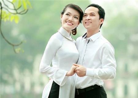 Với anh Quyết, chị Luận là một người vợ hoàn hảo và luôn chăm lo cho gia đình chu đáo.