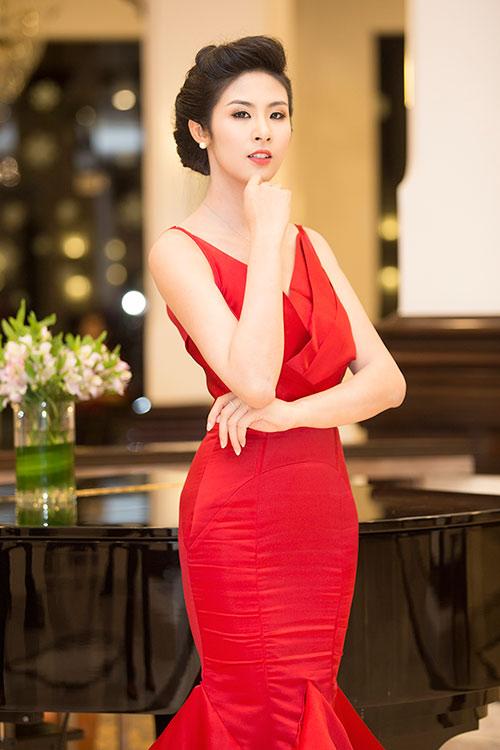 Hoa hậu Ngọc Hân cũng là một sự lột xác ngoạn mục so với ngày mới đăng quang