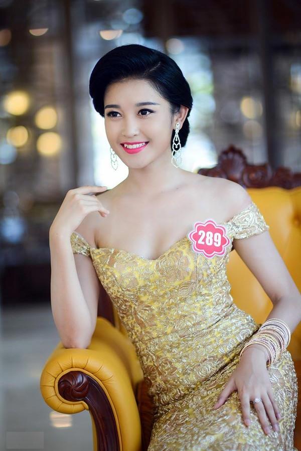 Á hậu Huyền My tại cuộc thi
