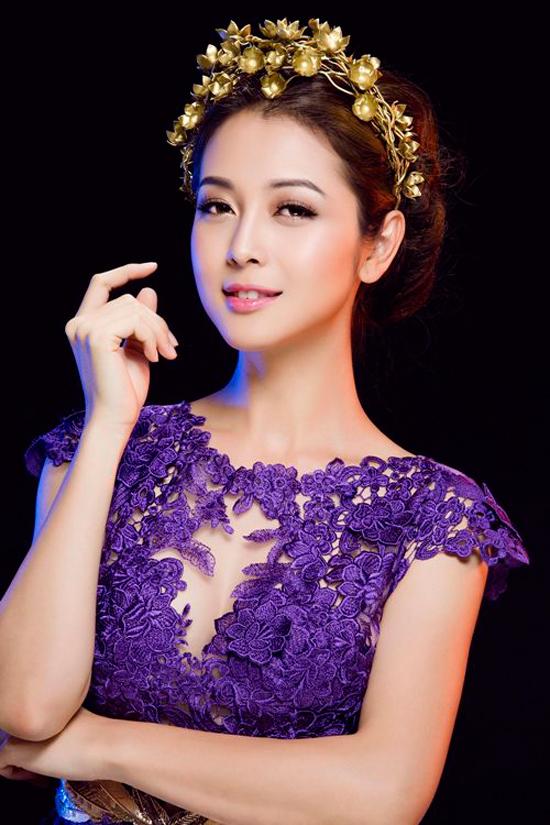 Jennifer Phạm xinh đẹp và mặn mà hơn rát nhiều