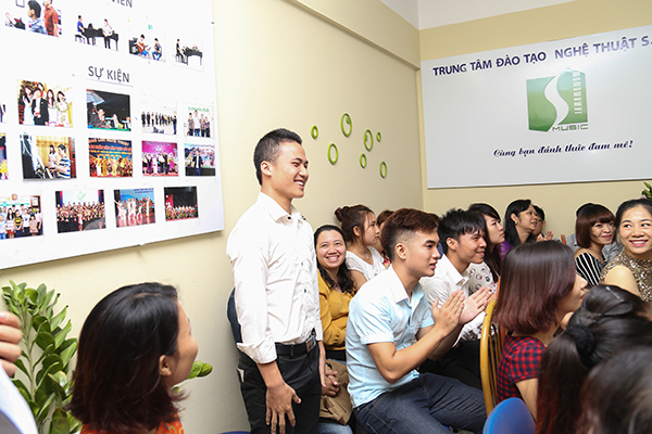Đặng Đình Quynh – thi đỗ thủ khoa vào trường Học viện âm nhạc quốc gia Việt Nam năm 2014
