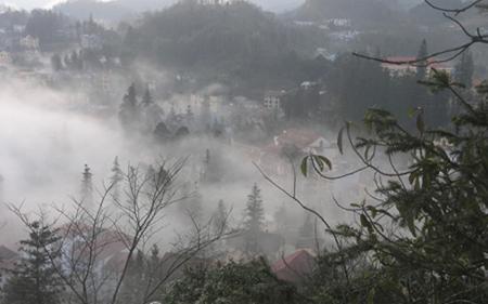 Sương mù, sương muối bao phủ Sa Pa nhiều ngày qua.