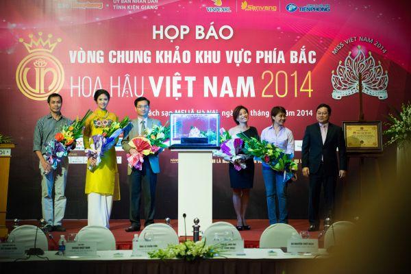 5 thành viên Ban giám khảo Hoa hậu Việt Nam 2014