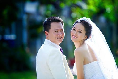Phan Thị Lý được chồng yêu chiều hết mực - 1