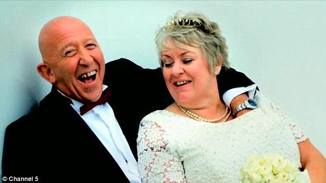 Bà Sanderson vẫn còn nhớ lễ thành hôn tuyệt vời của mình