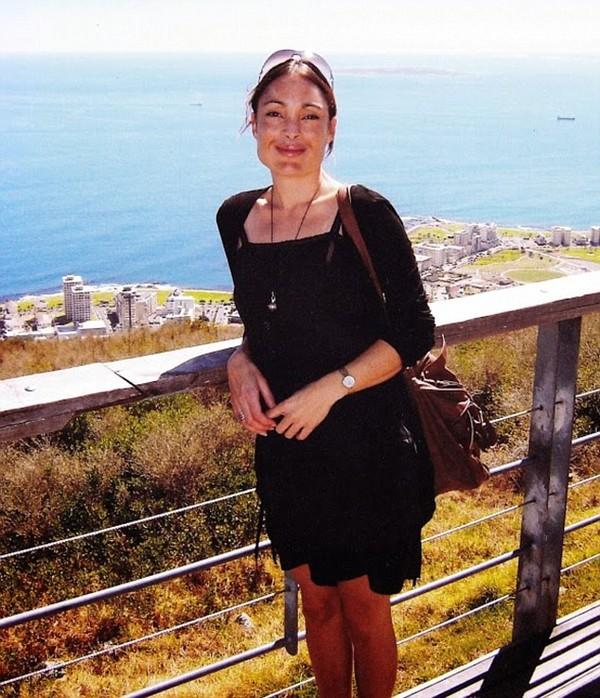 Cô Laura Vanessa Nunes đã nhảy lầu tự tử từ tầng 148 của tòa tháp Burj Khalifa, Dubai.