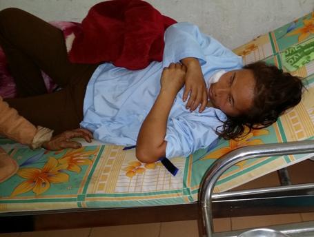 Chị Anh đang được điều trị tại bệnh viện ĐK Vũ Quang