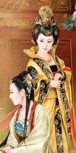 Ghe ron quai chieu tranh thai cua ky nu co dai-Hinh-3