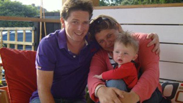 Gia đình Lewis trước khi anh bị bệnh