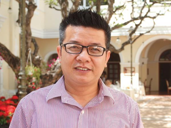 """ông Nguyễn Leo Long, Giám đốc Công ty TNHH Sản xuất Thương mại Dịch vụ Xuất nhập khẩu LEO (Leo's) được giới sản xuất nông sản gán cho biệt danh là """"vua tỏi đen""""."""