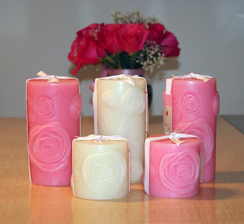 Nến thơm là vật dụng không thể thiếu trong trang trí phòng ngày Valentine
