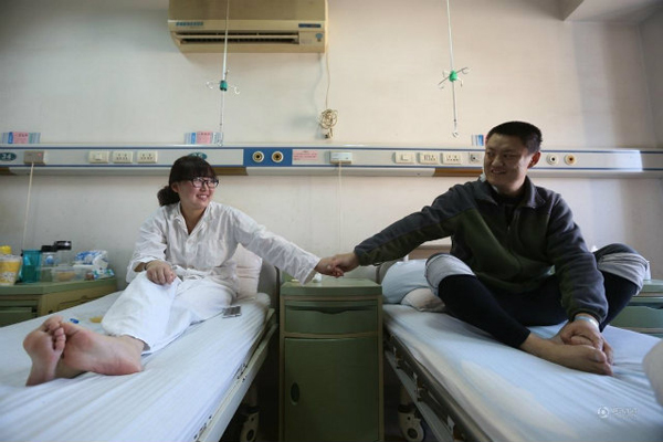 The husband, called Li Fangdong, was diagnosed with serious uremia a month ago and required a transplant operation as soon as possible.