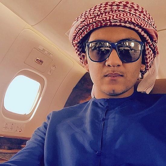 Abbas Hussain Sajwani, con trai của Hussain, được đánh giá là người sẽ kế nghiệp cha trong tương lai. Abbas rất nổi tiếng trên các mạng xã hội toàn cầu khi thường xuyên chia sẻ những hình ảnh về cuộc sống xa hoa của mình. Ảnh: Instagram.