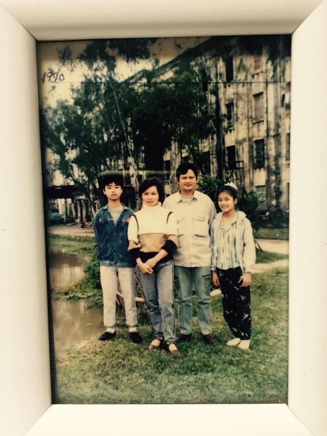 Gia đình nhạc sĩ An Thuyên những ngày mới định cư ở Hà Nội.