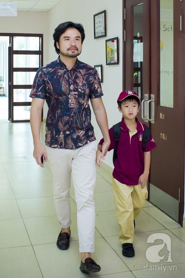 Một ngày đưa con đi học của ông bố đại gia Đỗ Minh 7
