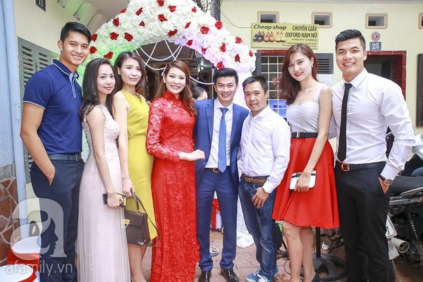 Ngọc Hân, Hồng Quế xinh tươi bê tráp cho Hoa hậu Thu Hà 4