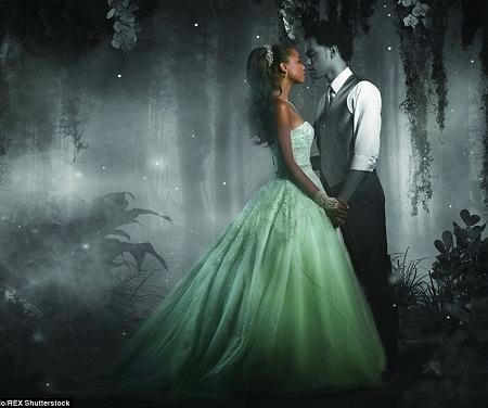 Nàng tiên cá Ariel và chiếc váy cưới đuôi cá.
