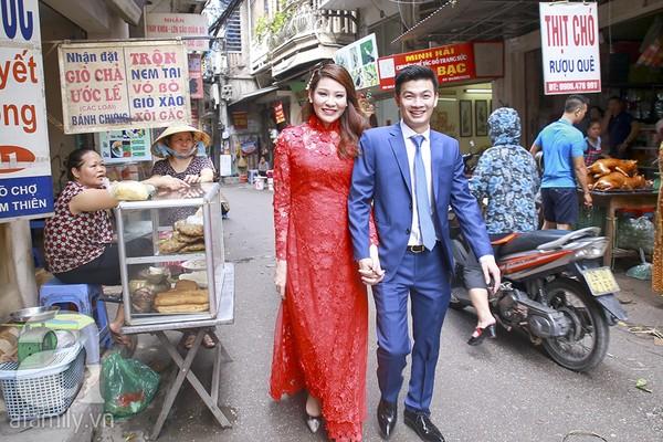 Ngọc Hân, Hồng Quế xinh tươi bê tráp cho Hoa hậu Thu Hà 11