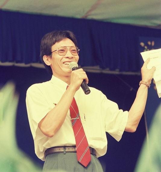 Năm 1996, MC- Nhà báo Lại Văn Sâm được khán giả cả nước vô cùng yêu mến khi anh đảm nhiệm vai trò cầm mic của Trò chơi truyền hình SV 96. Tiếp sau đó là hàng loạt chương trình đình đám: Trò chơi thi đấu liên tỉnh, Đấu trí, Chiếc nón kỳ diệu, Hãy chọn giá đúng, Chúng tôi là chiến sĩ, Ai là triệu phú, Cafe sáng cuối tuần.