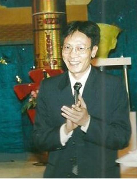 Có thể nói, Lại Văn Sâm là MC thành công nhất trong làng giải trí Việt Nam. Gần 20 năm gắn bó với truyền hình và công việc dẫn chương trình, anh vẫn có một sức hút đặc biệt mỗi khi lên sóng. Chương trình Ai là triệu phú do anh làm MC, kiêm chỉ đạo sản xuất cũng có tuổi thọ rất dài.