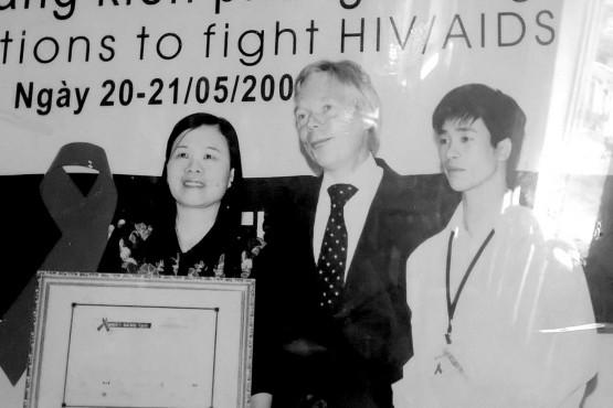 Bà Nguyễn Thị Phương được ghi nhận trong công tác giúp đỡ trẻ bị nhiễm HIV/AIDS. Ảnh:TL