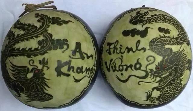 350.000 đồng/quả dưa hấu 10 kg khắc hình dê chưng Tết Ất Mùi