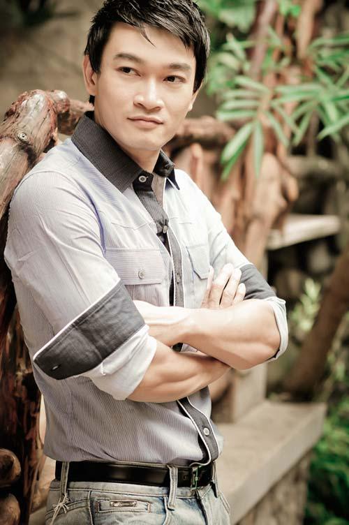 Cho đến giờ, Quốc Thái vẫn là quý ông U40 độc thân, hấp dẫn của showbiz Việt