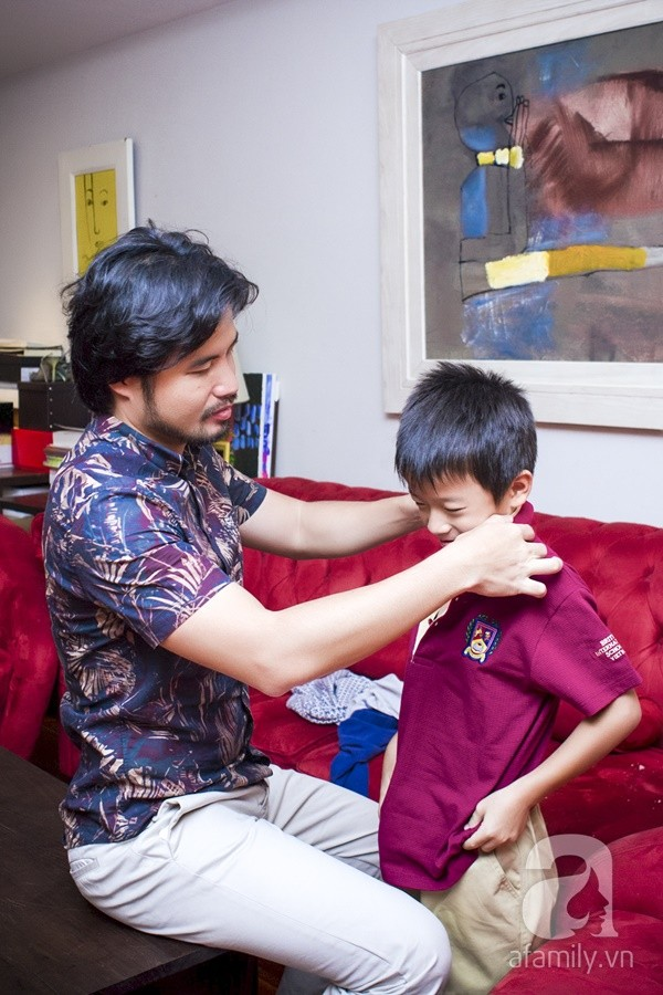 Một ngày đưa con đi học của ông bố đại gia Đỗ Minh 12