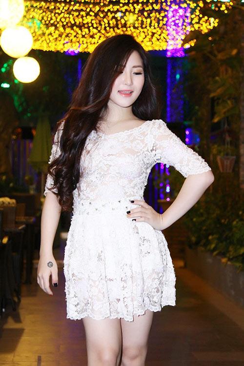 Sao Việt: muốn gợi cảm tìm ngay váy xuyên thấu! - 9