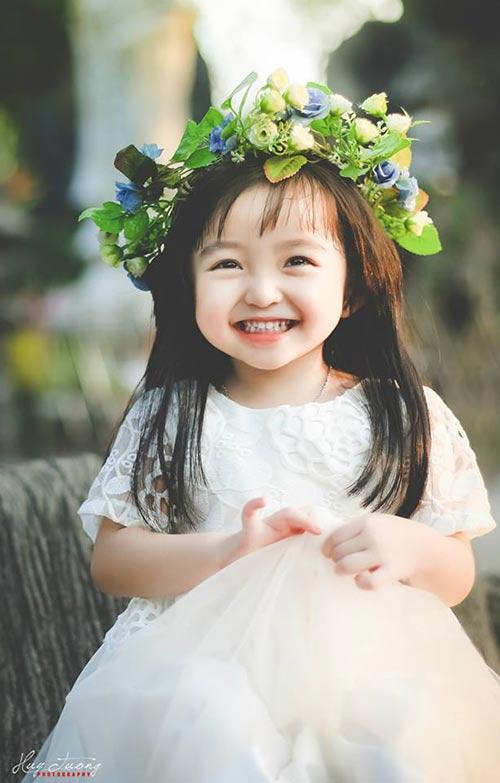 """Loạt bé gái Việt """"nổi rần rần"""" nhờ xinh hơn các hotgirl đàn chị - 9"""