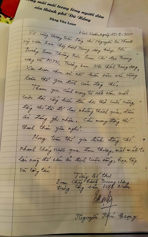 Tổng Bí thư Nguyễn Phú Trọng ghi sổ tang chia buồn cùng gia quyến ông Nguyễn BáThanh