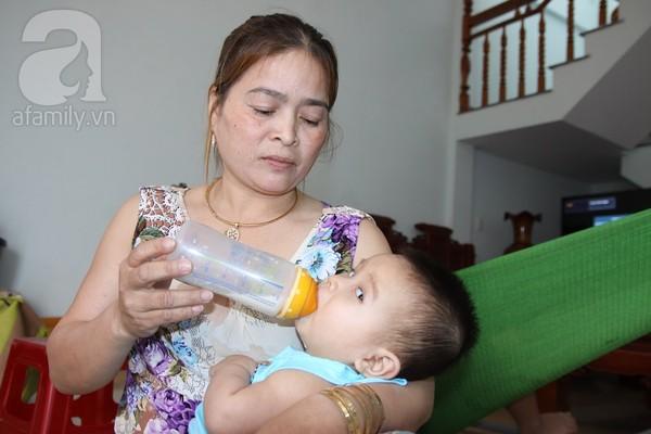 Bé trai 8 tháng tuổi bị bỏ rơi cùng bức thư của mẹ