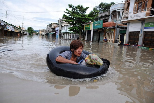 Flooding-in-Myanmar-cc1b1