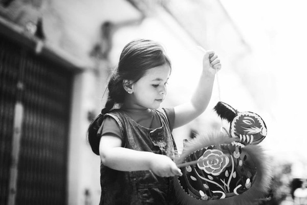 1407392555Ly4 2014 6f30b Cô bé 3 tuổi lai Việt Nam   Hungary xinh yêu như thiên thần