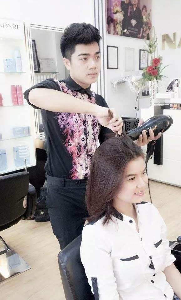 hot boy nghề tóc