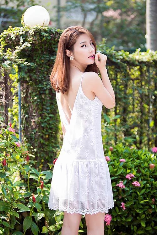 Sao Việt: muốn gợi cảm tìm ngay váy xuyên thấu! - 2