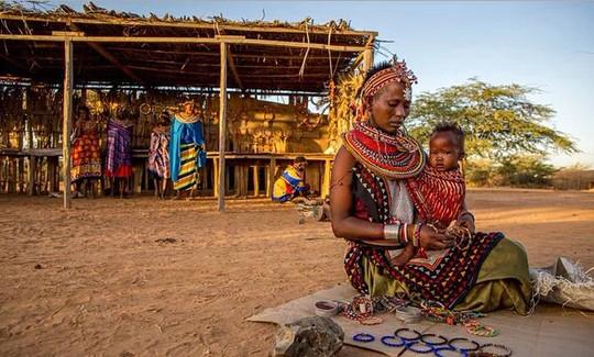 Người dân ở Umoja sống tự do, tự tại. Ảnh: HowAfrica