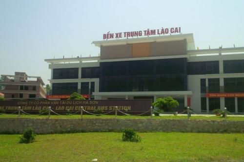 Việc dời bến xe Lào Cai sang vị trí mới gặp phản ứng dữ dội từ các doanh nghiệp