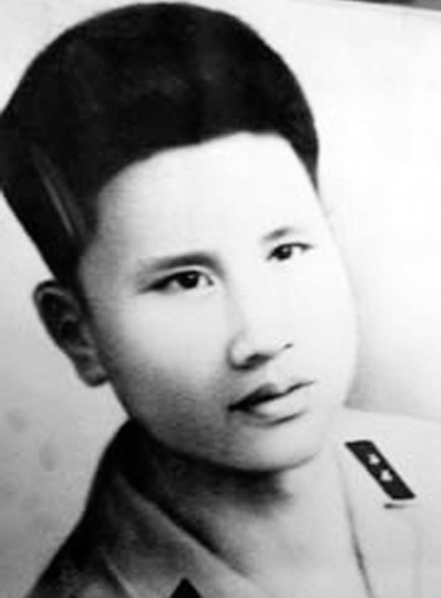 Di ảnh liệt sỹ Nguyễn Đức Toàn.