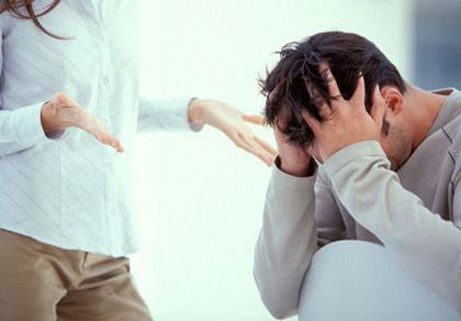 Chuyên gia khuyến cáo: Các quý ông không nên vì mặc cảm mà giấu bệnh, nên tìm đến bác sỹ để được tư vấn, điều trị kịp thời. ảnh minh họa