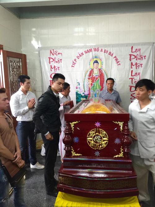 Người mẫu Duy Nhân muốn đám tang được diễn ra ở chùa Vĩnh Nghiêm để gần những người thân thích
