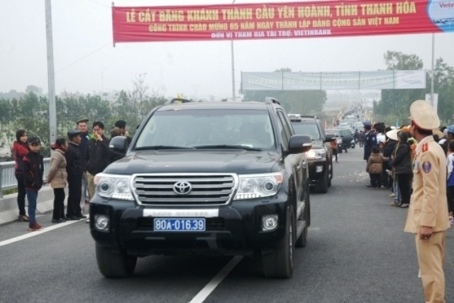 Thông xe cầu Yên Hoành